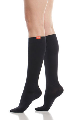 Women's Moisture-Wick Nylon 15-20mmHg Compression Knee Socks